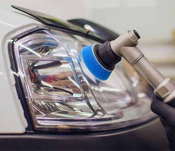 strojno poliranje farova vašeg vozila